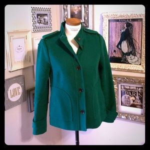 GORGEOUS Banana Republic kelly green swing coat
